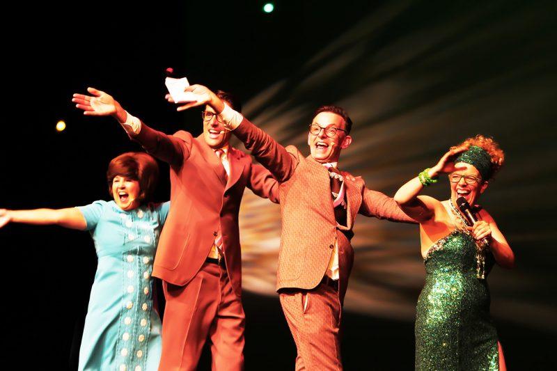 IJMUIDEN : Brigitte Kaandorp, presenteert met een bonte avond het nieuwe theaterseizoen van de Stadsschouwburg Velsen. FOTO : RON PICHEL